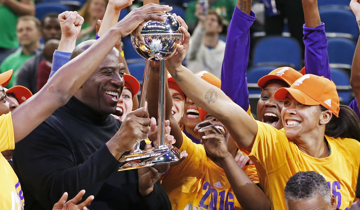 Sparks Win 3rd NBA Championship In Debatable Final Seconds