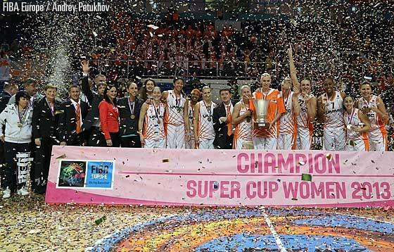 UMMC Ekaterinburg Wins 2013 Super Cup 72-63